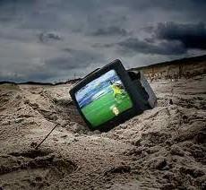 devastazione lunare e tv