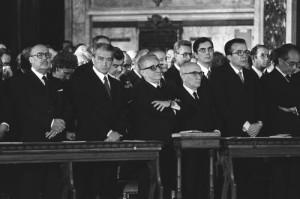politici-presenti-al-funerale di Moro